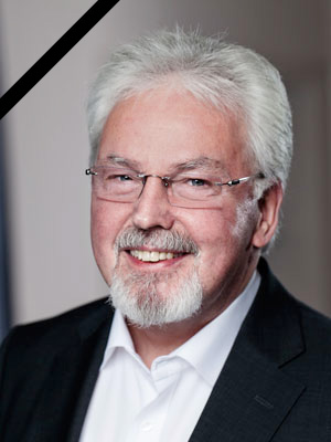 Dr. Werner F. Brüren